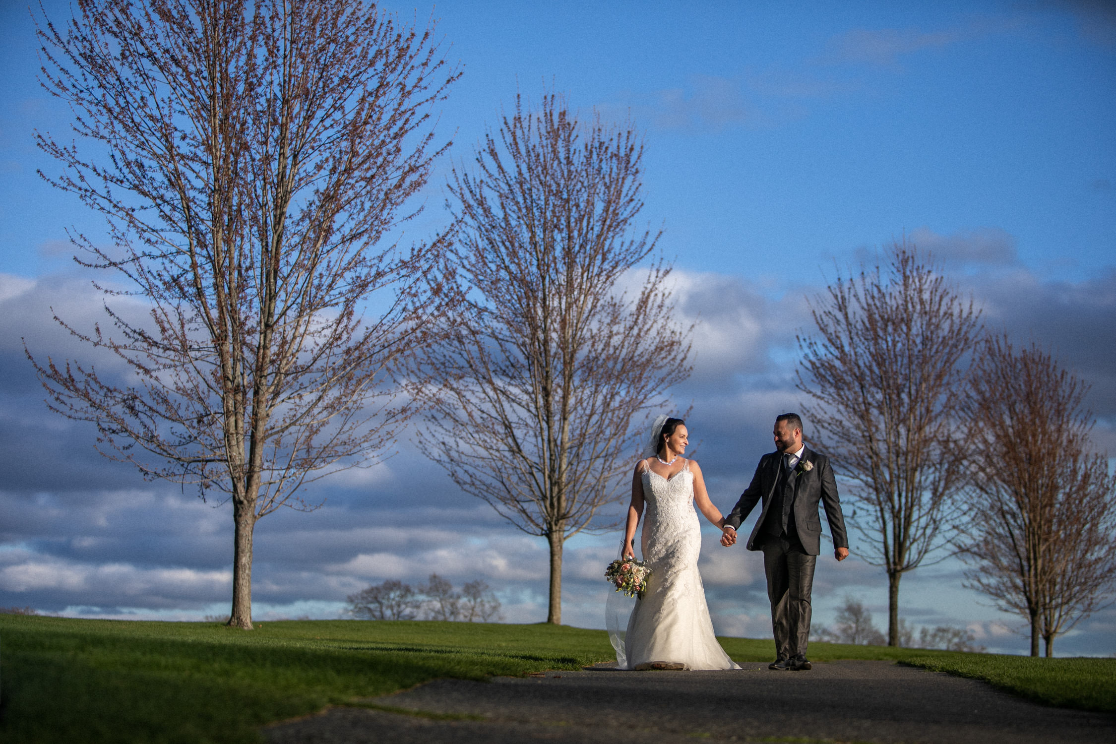 Worcester wedding photographer - HighFields Country Club wedding